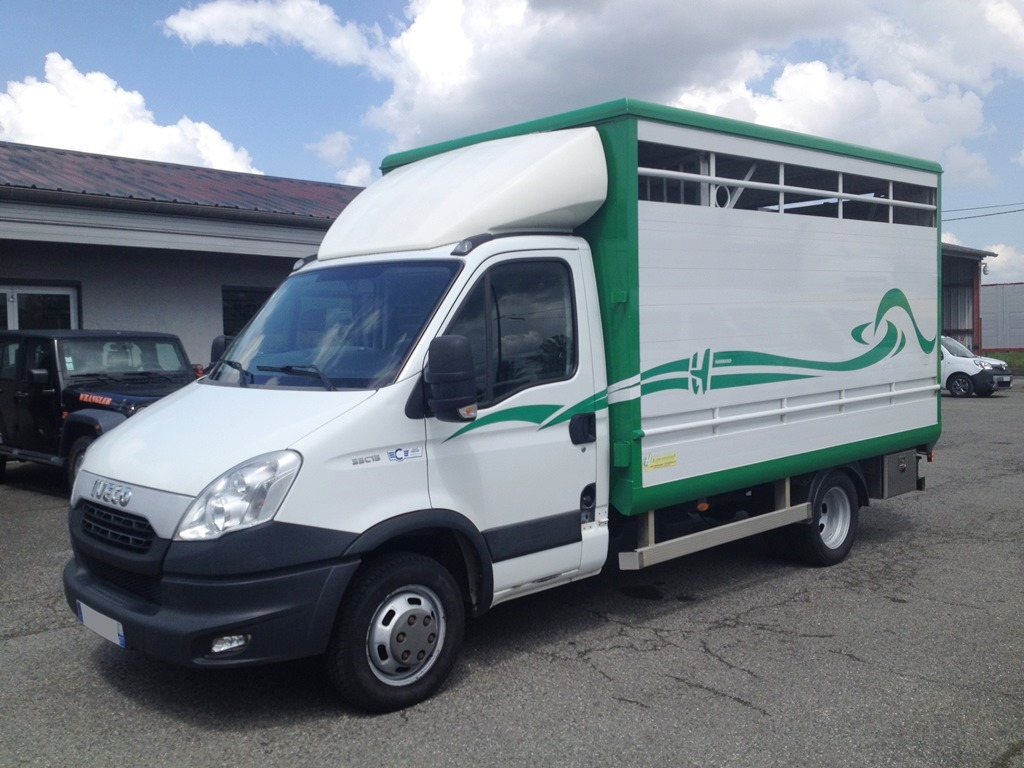 IVECO - DAILY 35C15 - 2012